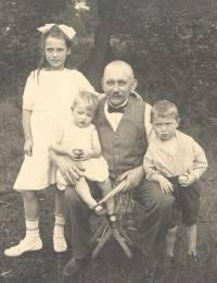 Charlotte Elise Emma, Gisela Brunhilde Margot, Hermann Karl Wilhelm & Otto Gerth Linke